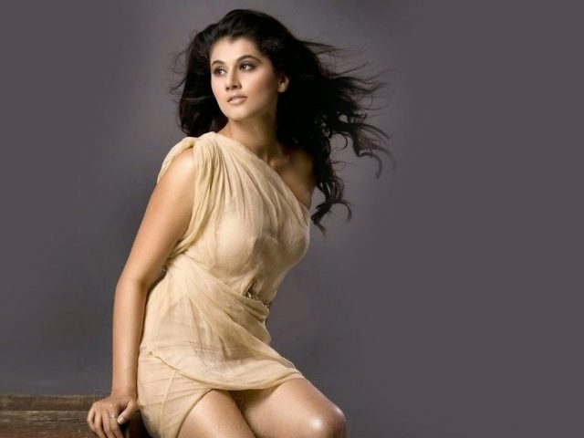 Tapsee Pannu hottest photo