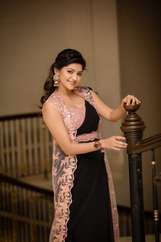 Tamil actress looks beautiful in this pic