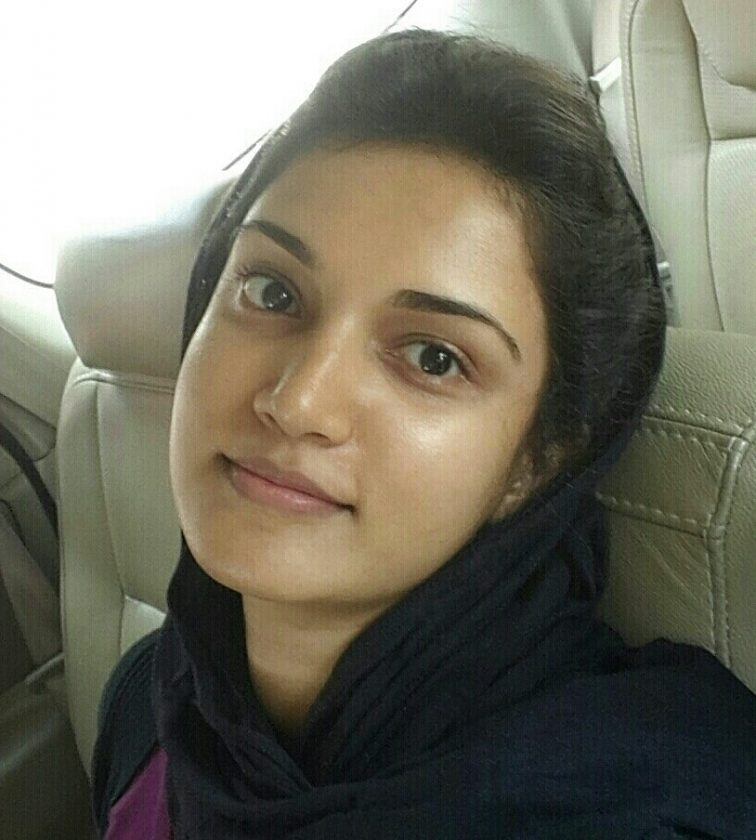 Honey Rose selfie photo