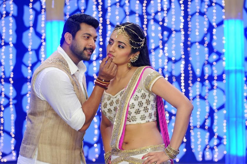 Trisha Krishnan hot in half saree bikini