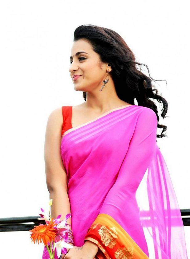 Trisha Krishnan beautiful photo in pink saree